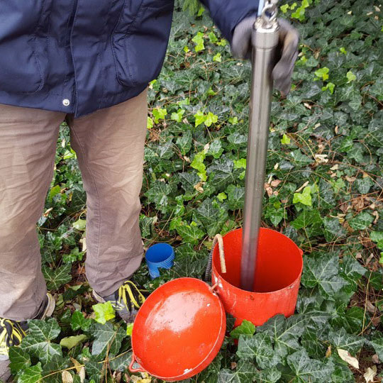 solinst bladder pumps for groundwater sampling